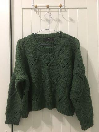 🚚 Queen Shop綠色針織上衣