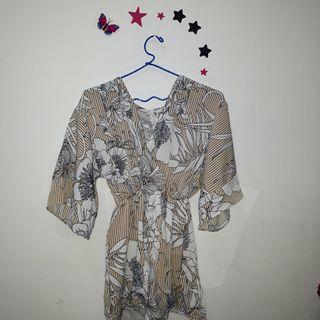 Kimono bunga