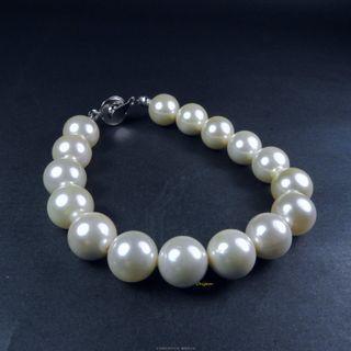 珍珠林~10m/m南洋硨磲貝珍珠手鏈.小小天然生長紋.大大特價~#843