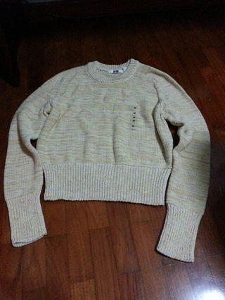 Uniqlo Cream Knitted Sweater