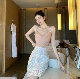 韓款甜美吊帶上衣+lace半身裙套裝