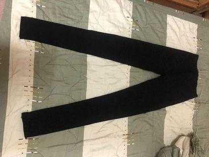 🚚 黑色素黑褲