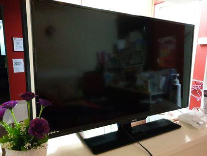 Philips TV television 39 inch