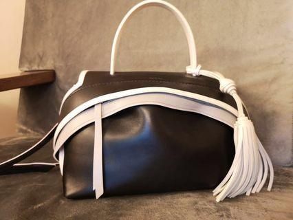 [TODS] TOD'S SMALL WAVE FRAME BLACK CONTRAST STITCHING BAG TOTE