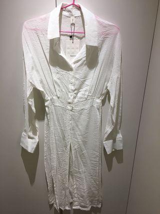 哈妞❤️HaNu《現貨💯實拍》壓紋 微皺設計 前上半部真釦 下擺開長衩 襯衫式 罩衫「特價/清倉」