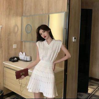韓款V領上衣+半身裙套裝