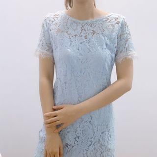 🚚 Blue lace dress