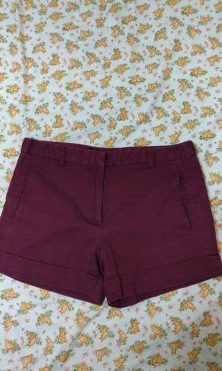 🚚 酒紅色短褲