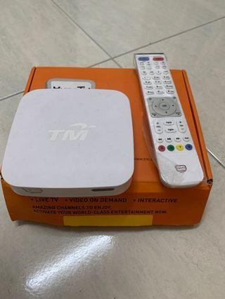 Hypptv white Android TV Box