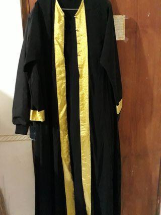 Outer abaya