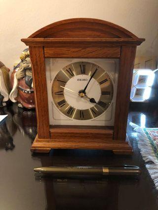 🚚 Seiko clock