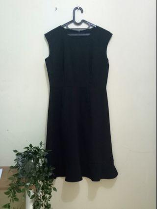 Basic Black Dress The Executive