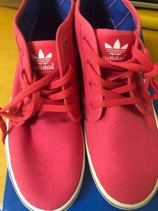 Adidas 粉紅色 布鞋 近乎全新 38號