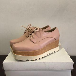 Amante Nude Wedges size 38