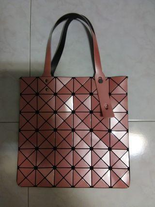 🚚 Ladies Sling Bag
