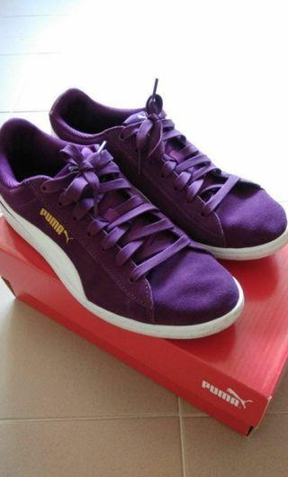 Authentic Puma Vikky Soft Foam Sneakers in Royal Purple