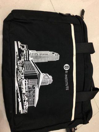 Tas selempang sling bag Bi institute hitam black limited