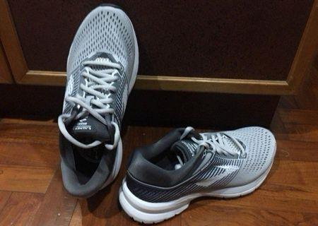 [Brand New] Authentic Brooks Launch 5 Running Sports Shoes