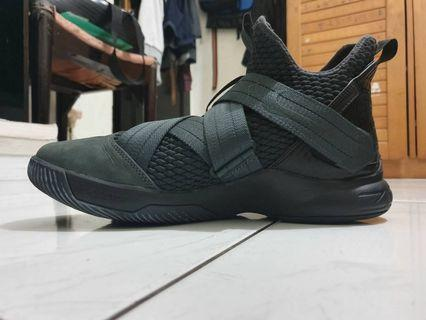 Lebron 12 Soldier Black (from USA)