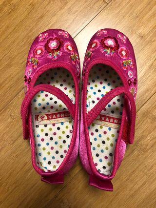 小童中國繡花鞋