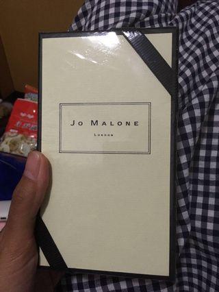 Jo Malone London - Honeysuckle&Davana