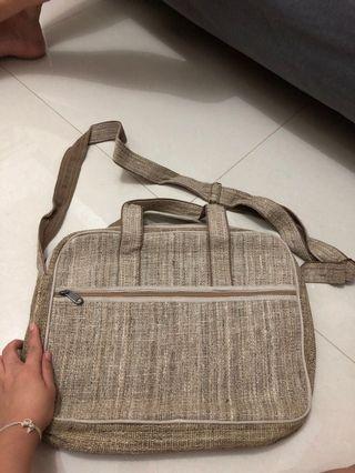 Tas laptop selempang sling bag made in nepal