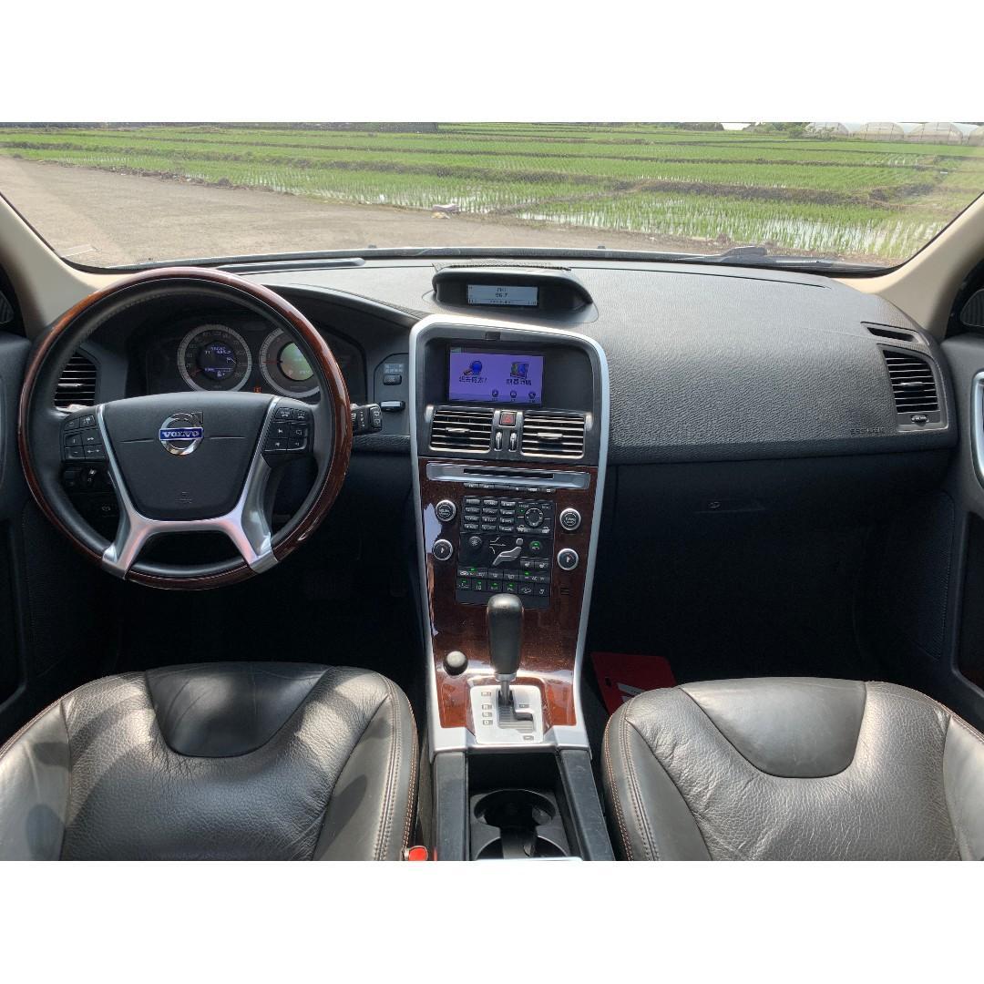 售 2010 VOLVO XC60 D5 頂級 履約保證 認證車況 一手車主 保養記錄齊全 實跑9萬公里