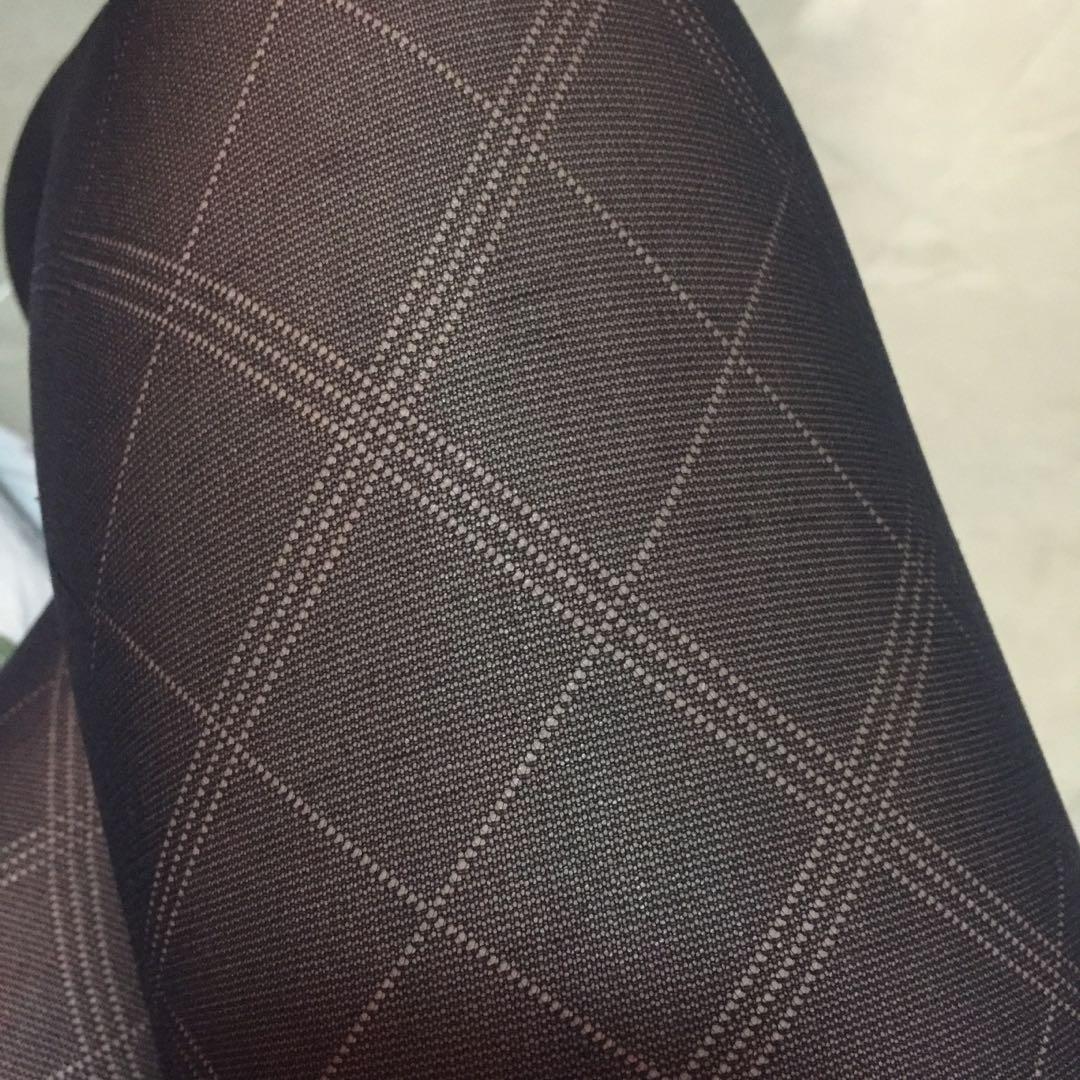 黑色菱格絲襪 Black stocking with diamond pattern