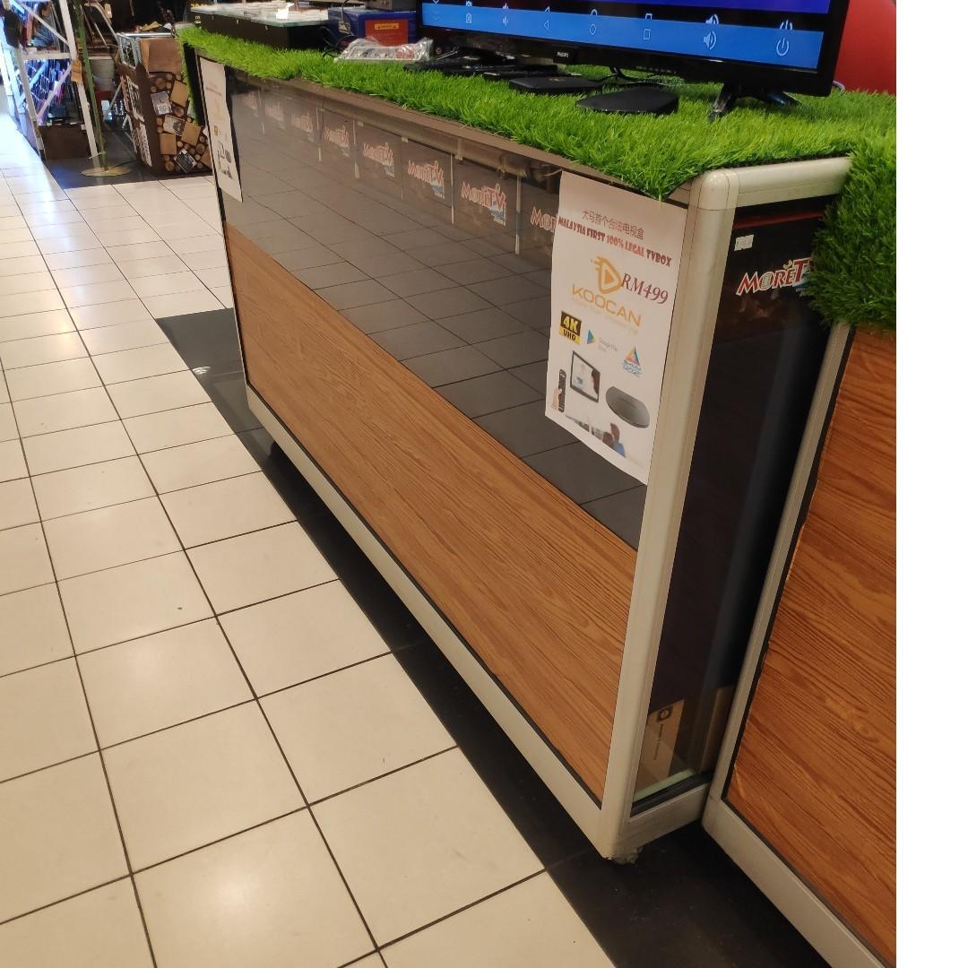 Aluminium glass display cabinet