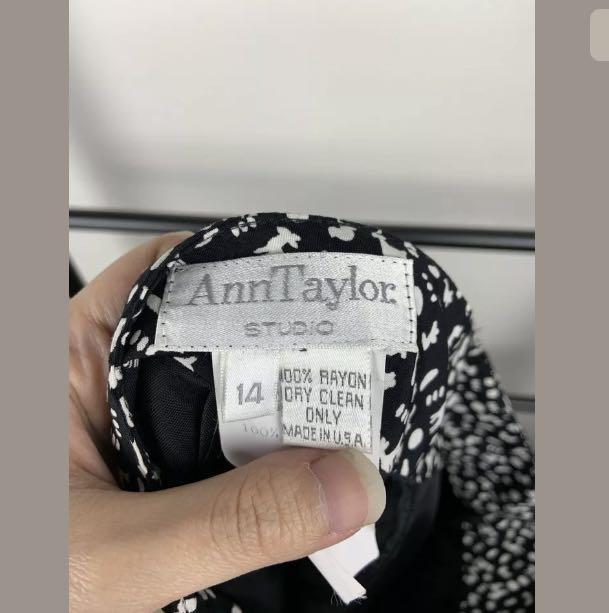 Ann Taylor Studio 14/16 black white skirt novelty reindeer vintage retro work
