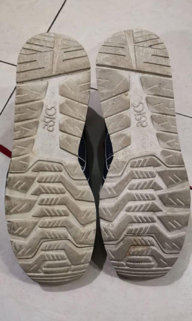 Asics shoes original