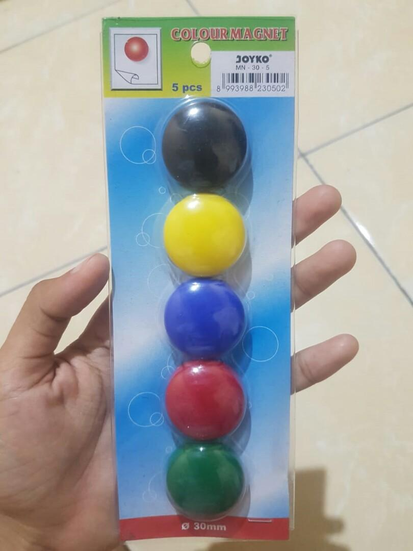 Colour magnet joyko