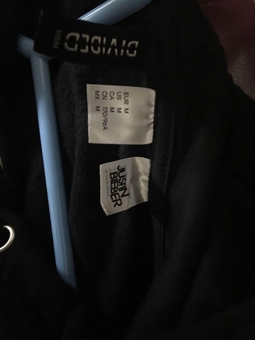 H&M purpose tour crop hoodie