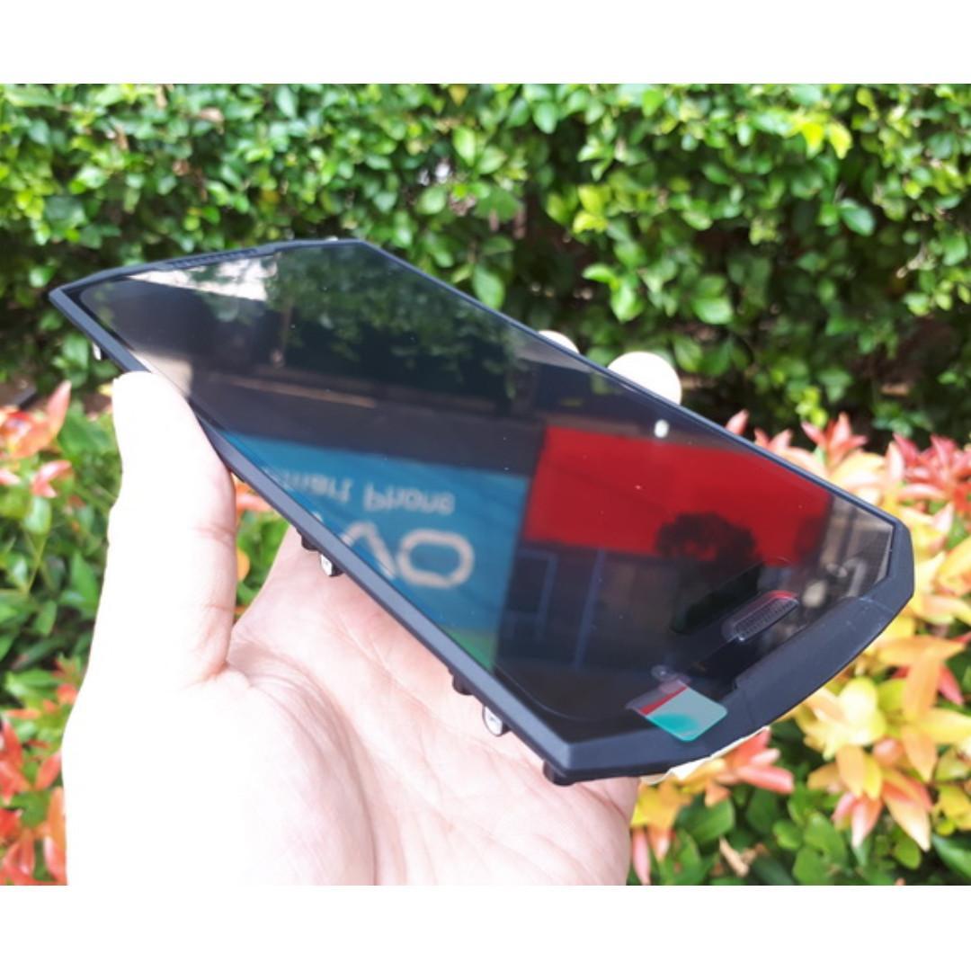LCD Touchscreen Doogee S70 Outdoor Phone New Original Doogee