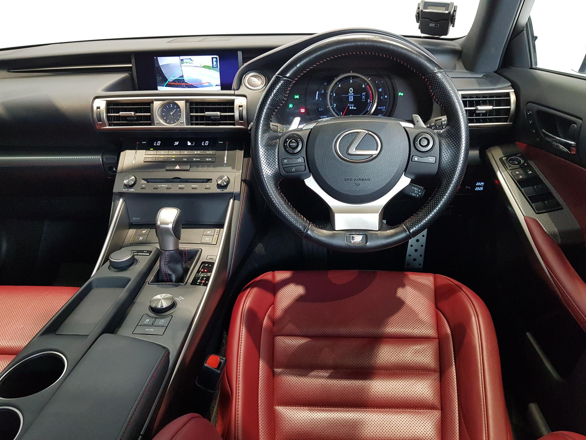 Lexus IS200T F Sport