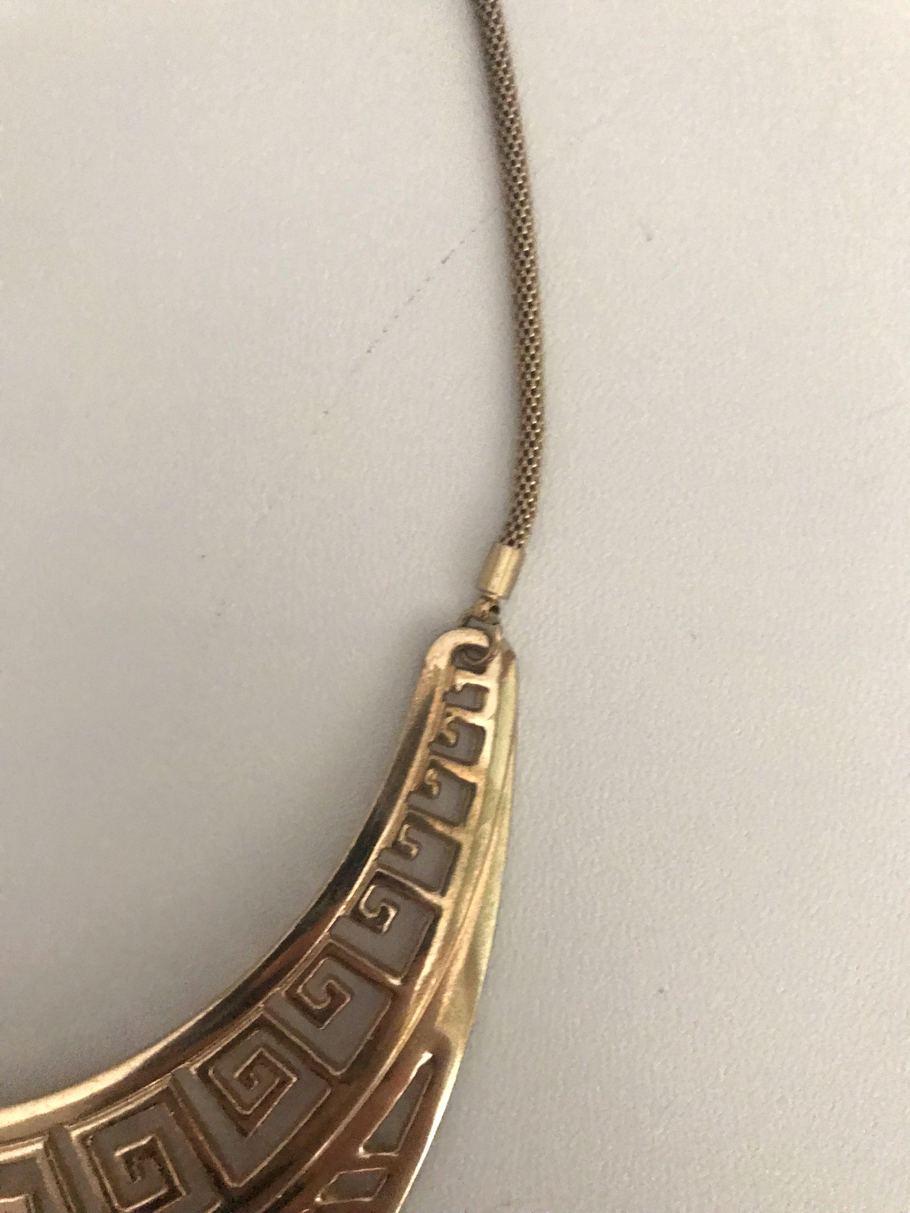 💕#Prelovedwithlove No Brand Cute Egyptian Faux Gold Necklace #mauvivo