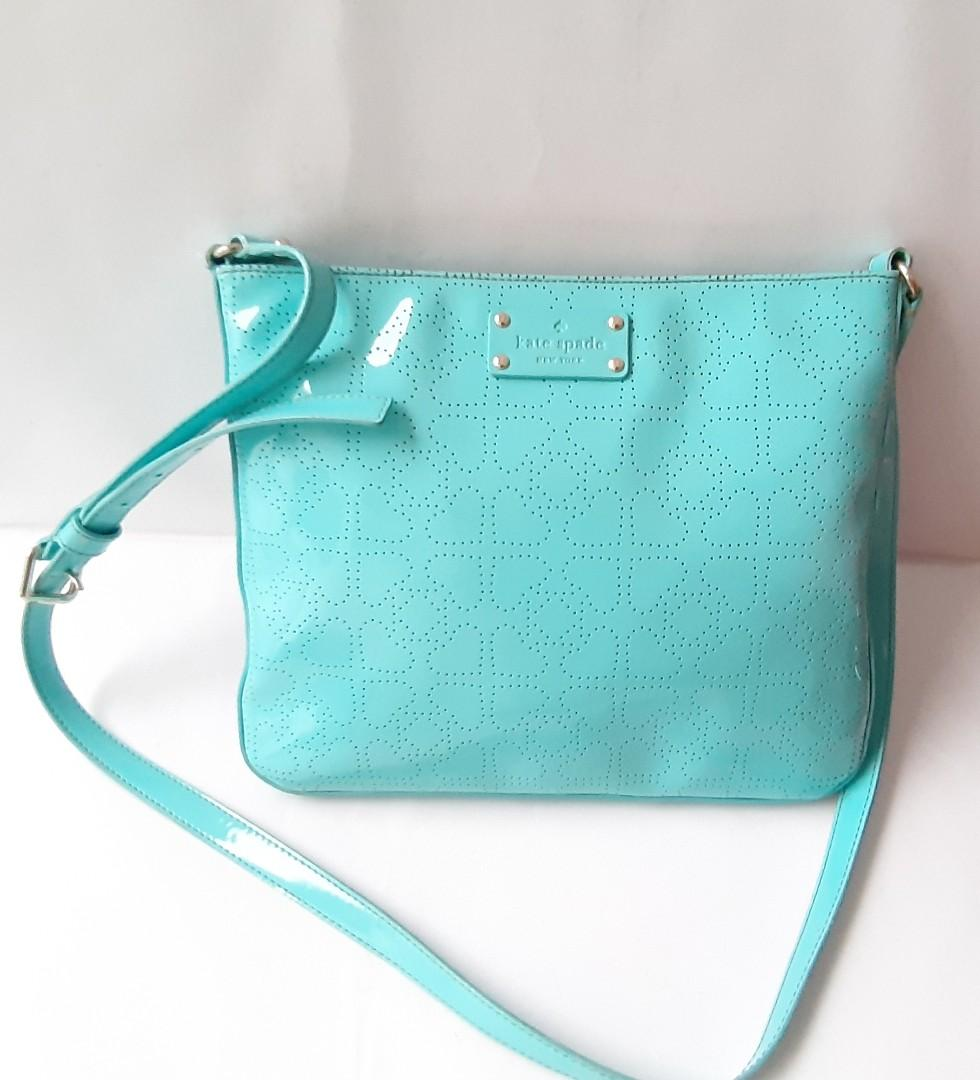 Price Nett, Fixed Price..  Authentic Kate Spade Blue Sling/Shoulder bag.. Very Nice💝💟💟👜👝