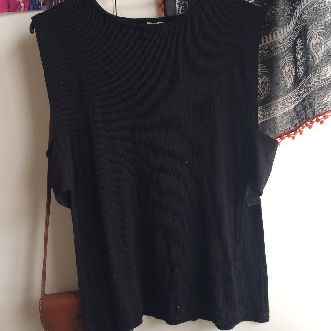 random top from my auntie that i would feel bad if i didnt take it from her