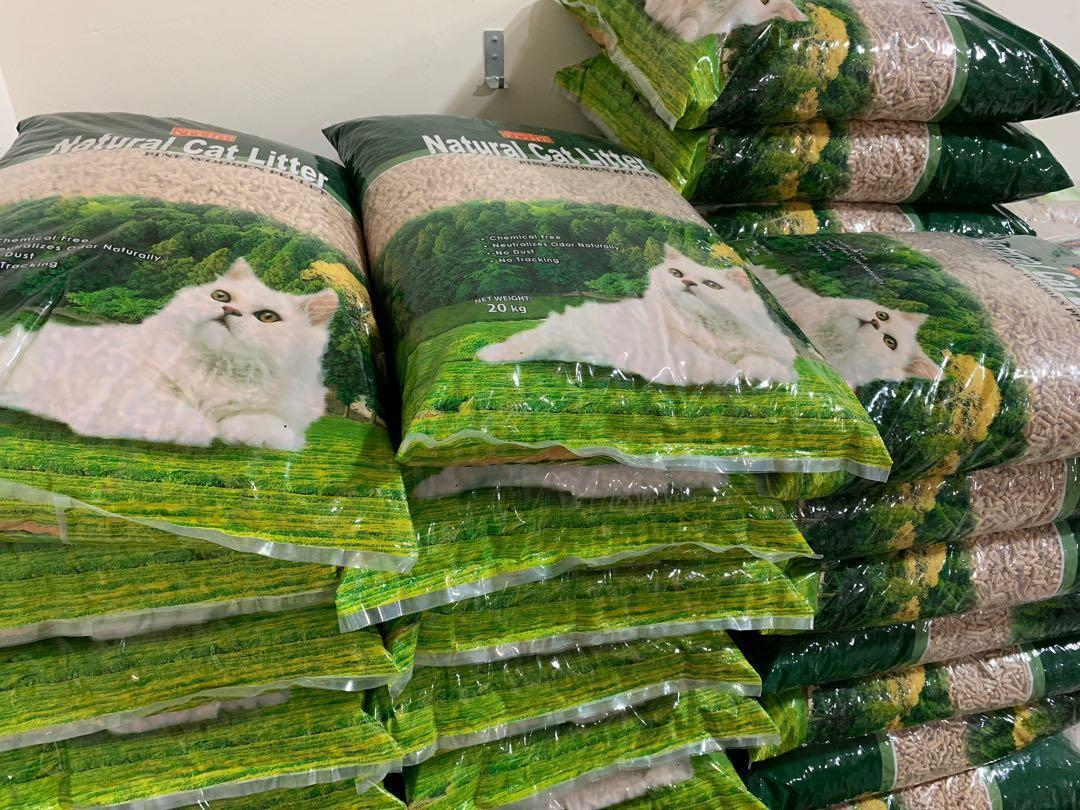 Selling cheap! I have many types of Cat Litter, Dog Pee Pads & Rabbit Bedding (Dog, Cats & Rabbits)