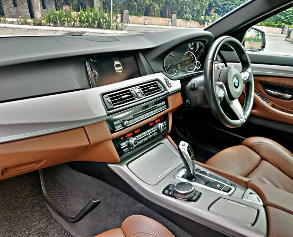 SEWA BELI>>BMW F10 520i M-SPORT Digital Meter 2016