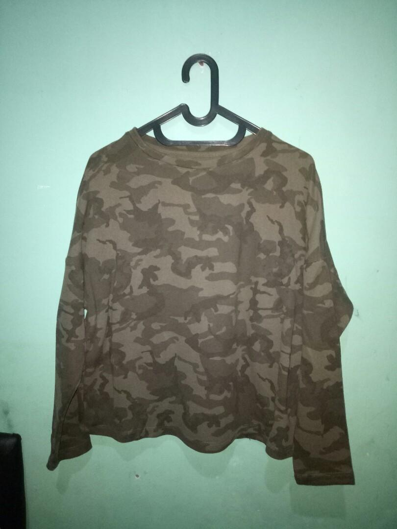 sweater army pull and bear