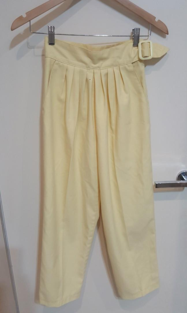 Vintage 'Savannah' Cream Yellow High Waisted Long Pants (Size 6)