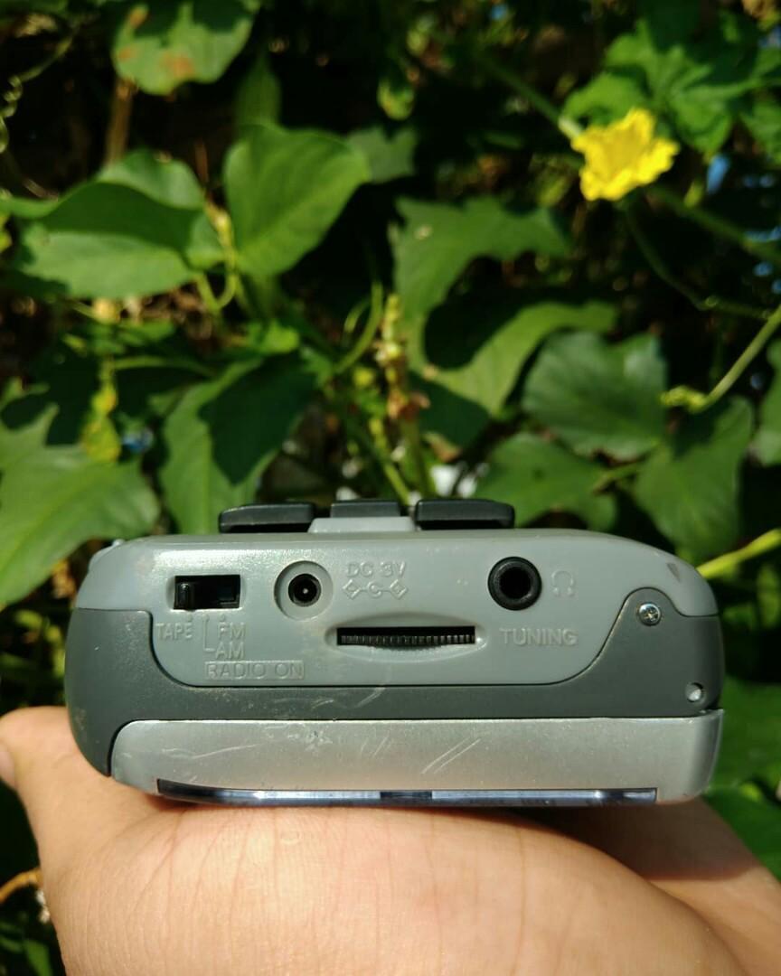 Walkman Aiwa HS RM 186 pemutar kaset jadul