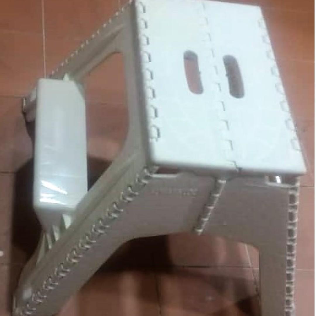 White mini step ladder seat