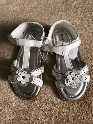 🚚 (Clearance) Size 10 BNWT Mothercare Pretty Shoes