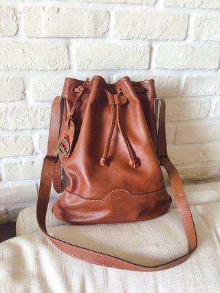 Longchamp 真皮束口水桶包 側背包 深棕色