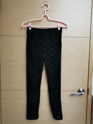 黑色蕾絲造型內搭褲
