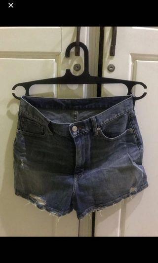 Bundle 2 Hotpants Uniqlo & Streetwear Korea (Uk : M semua)
