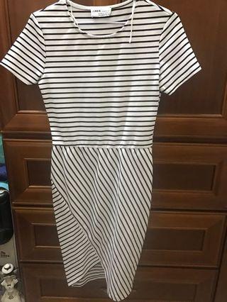 Zara 條紋拼接洋裝