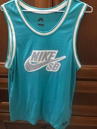 Nike sb 背心